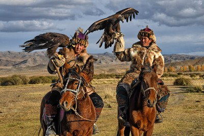 Kazakh Eagle Hunters 1, Tan  Lee Eng , Singapore