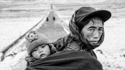 -Moms Back, Huang  Deying , China