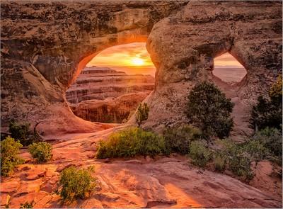 Partition Arch Sunrise 1, Todd  Sharp , USA