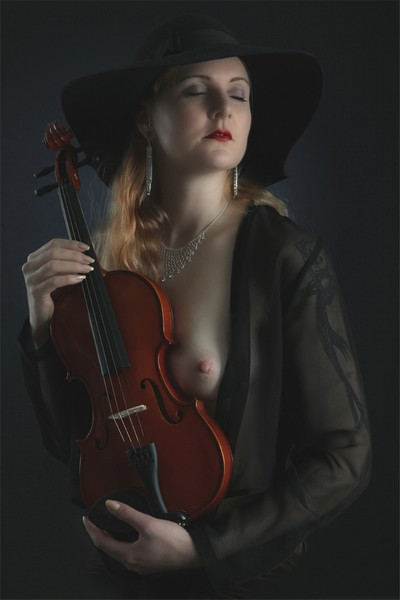 Jenny And Violin, Stake  Jan-Thomas , Sweden